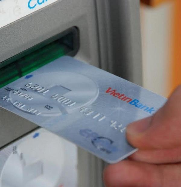 Kiểm tra số tài khoản Vietinbank qua ATM