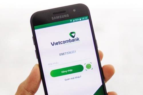 Kiểm tra số dư tài khoản Vietcombank online bằng ứng dụng trên điện thoại