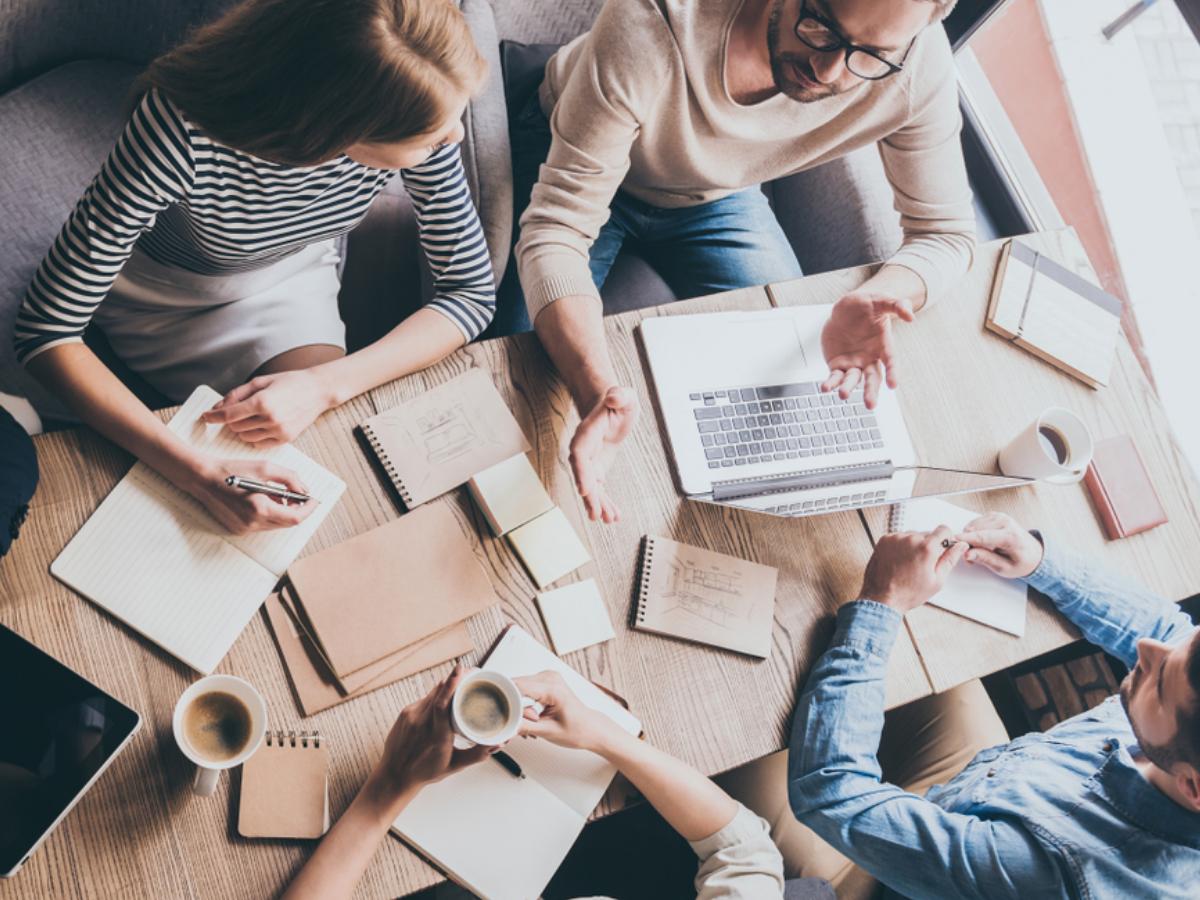 Kinh Nghiệm Về Những Cách Rèn Luyện Kỹ Năng Giao Tiếp Hiệu Quả - Cung cấp  giải pháp hỗ trợ kinh doanh online hiệu quả, tiết kiệm chi phí tối đa