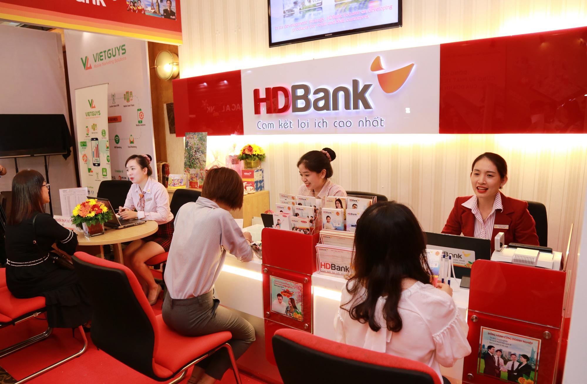 Giờ làm việc ngân hàng HDBank 2020 mới nhất